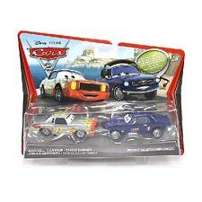 Disney Cars 2 v2832/v2834 Brent Mustangburger & Darrell Cartrip nuevo y en su embalaje original