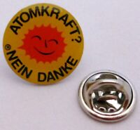 Pin / Anstecker + ATOMKRAFT ? NEIN DANKE + Lizenz + Lachende Anti-Atom-Sonne TOP