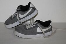 Nike SB Mavrk 2 Casual Sneakers, #442540-011, Grey/Wht/Blk, US Sz 13 Childrens