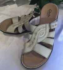 CLARKS BENDABLES  Size 9.5 Lena Sandals Slip On Off White Ivory CUTE COMFORT