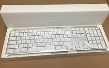 NEW  Apple Ultra Thin Aluminum  USB Keyboard, Wired,  White MB110LL/B  A1243