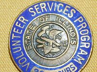VINTAGE STATE OF ILLINOIS 200 HOURS VOLUNTEER SERVICES PROGRAM PIN