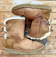 UGG Bailey Bow II Women's Size 9 Chestnut Sherpa Lined Suede Boots