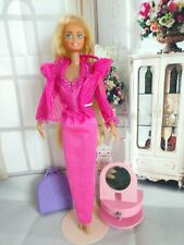 1979 BARBIE BEAUTY SECRETS MOD DOLL WEARING PINK OUTFIT NICE DOLL
