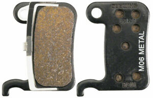 Shimano M06 Metal Disc Brake Pads and Spring for XTR BR-M975, Saint BR- M800, XT