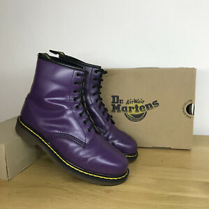 Vintage 80s Purple Leather Dr martens boots, made in England, size 7-8 Uk mie