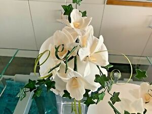 CAKE TOPPER HAND MADE SUGAR CREAM OR WHITE ARTIFICIAL ORCHIDS    NEW