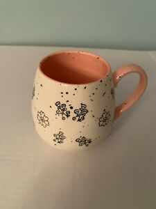 Meritage 20 oz Cup Mug Flowers White Speckled; Pink Interior New Farmhouse