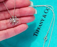 Tiffany & Co Paloma Picasso Sterling Silver Daisy Flower Charm Necklace