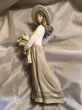 Nao by Lladro Woman with Wheat 1982 Daisa See Description