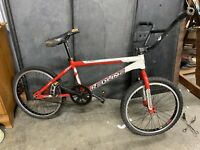 Redline flight pro BMX BIKE Red & White  With Alex Y 303  Rims Original RARE