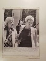Press Photo AP Wire Press Laserphoto Singer Porter Wagoner & Minnie Pearl 7/82 2