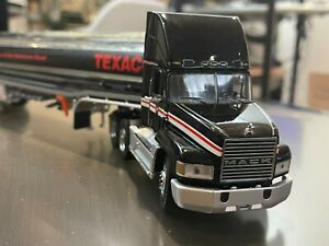 Franklin Mint Precision 1:43 Die-Cast Mack CH 613 Texaco Tanker Truck + Trailer