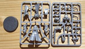 40K Space Marines Primaris Librarian on Sprue