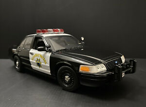 2011 Ford Crown Victoria CHP California Highway Patrol Last Edition Release 1/18