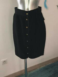 luxueuse jupe ouverte noire + boutons dorés CHANEL taille 38 fr (UK 12)