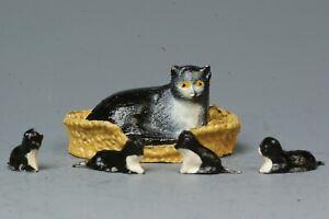 BARRETT & SONS B&S LEAD FARM: CAT & KITTEN SET with BASKET ~ VERY NEAR MINT...!!