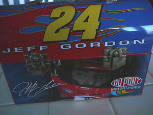 PREOWNED JEFF GORDON LUNCH BOX DUPONT MOTORSPORTS