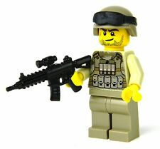 Marine Modern Soldier with MARPAT desert camo and custom HK416 Rifle REAL LEGO