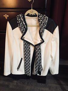 size 18 black white dress jacket Calvin Klein   With Black /white MK Scarf  Zip