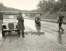 1952 VON NOLDE PRESS PHOTO-BERLIN-ARMED MILITARY POLICE
