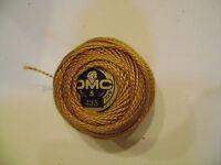 une boule de coton perlé DMC grosseur N° 5 coloris N° 435 article 116