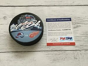 Matt Duchene Signed 2016 Stadium Series Avalanche Avs Puck PSA DNA COA a