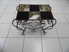 TABLE BASSE en fer forgé avec un plateau en carreaux