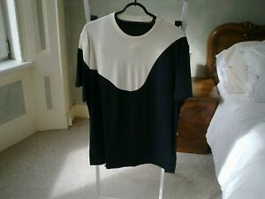neil barrett black white jersey top L new with defects