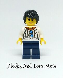 Lego Town City - Female Jungle Scientist Figure From 60160 60162 Sets CTY0814