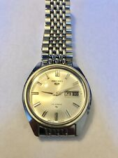 Vintage 1968 SEIKO 5 Automatic Men Watch 23 Jewels 5126 - 8060 (Original Band)