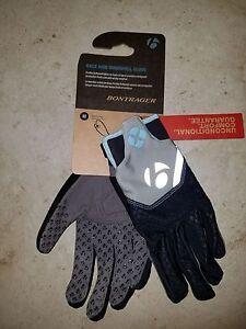 Bike Gloves Bontrager Race WSD Windshell Gloves GRAY WITH BABY BLUE MEDIUM 1
