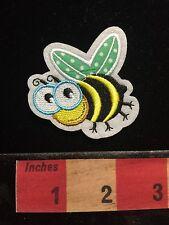 Fun Little Cartoon HONEY BEE Jacket Patch 67WS