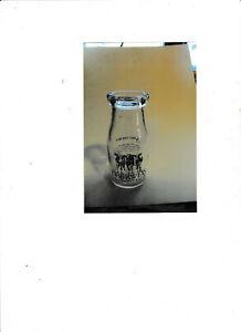 """1999 """"OBERWEIS DAIRY""""  Glass Creamer Milk Bottle"""