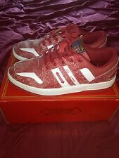 Mens Troop Shoes - Size 11 - Ice Lamb - White/Red - Low Top with box