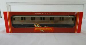 Hornby OO Gauge R479 LNER Sleeping Car Teak Finish Boxed