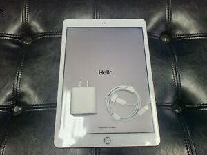 Apple iPad 8th Gen. 128GB, Wi-Fi, 10.2 in - Rose Gold OPEN BOX