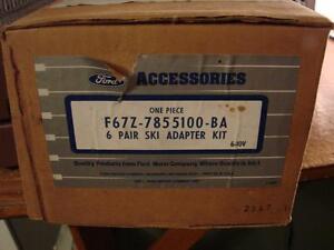 Yakima Six Pair Ski Rack Ford Motor Company F67Z-7855100-BA NEW Missing Key