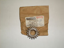 YAMAHA RD200A, RD200B - GEAR 2ND PINION GEAR (17T)