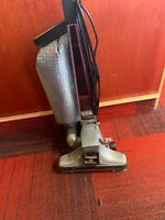 Vintage Kirby  Upright Vacuum Cleaner Heritage 2-HD No Belt