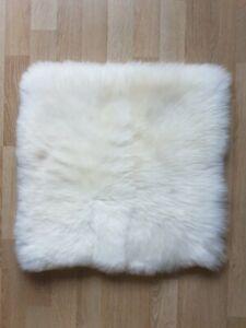 Echtes Lammfell Sitzauflage Kissen Schaffell Sitzschoner Naturfell 45x45 weiß
