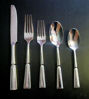 Oneida Palisade 5pc Place Setting 18/10 stainless Flateware