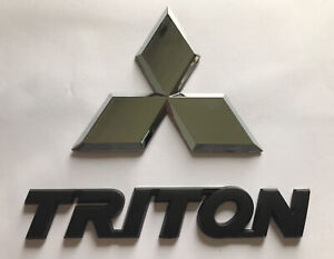 Mitsubishi Triton tailgate Badge Set (black)