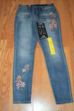 NWT NINE WEST JEANS Gramercy Theo Embroidered Floral Skinny Ankle Jeans Size 10