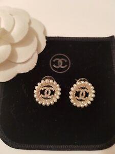 Chanel vip gift ohrringe mit Stempel, Neu