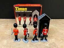Rare Vintage Timpo Modern Army Collection: 4 Grenadier Guards Plus Sentry Box