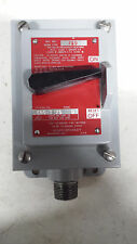 ALLEN BRADLEY MANUAL STARTER SWITCH 600-TEX5 SER. D
