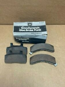 NOS 1988-91 CHEVY GMC PICKUP TRUCK C1500 K1500 FRONT BRAKE PADS 12321447 GM RARE