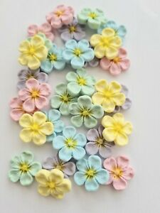 Edible Sugar Flowers in Pastel Colours with a Yellow Centre, Cake Toppers