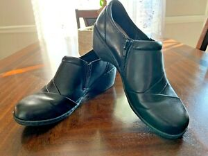 Clarks Collection Womens Size 8 Black Leather Slip On Comfort Shoes